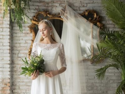 袖付きドレスで前撮りフォト