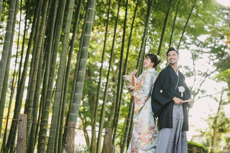 蘆花恒春園の竹林をバックに光のキレイなウェディング写真