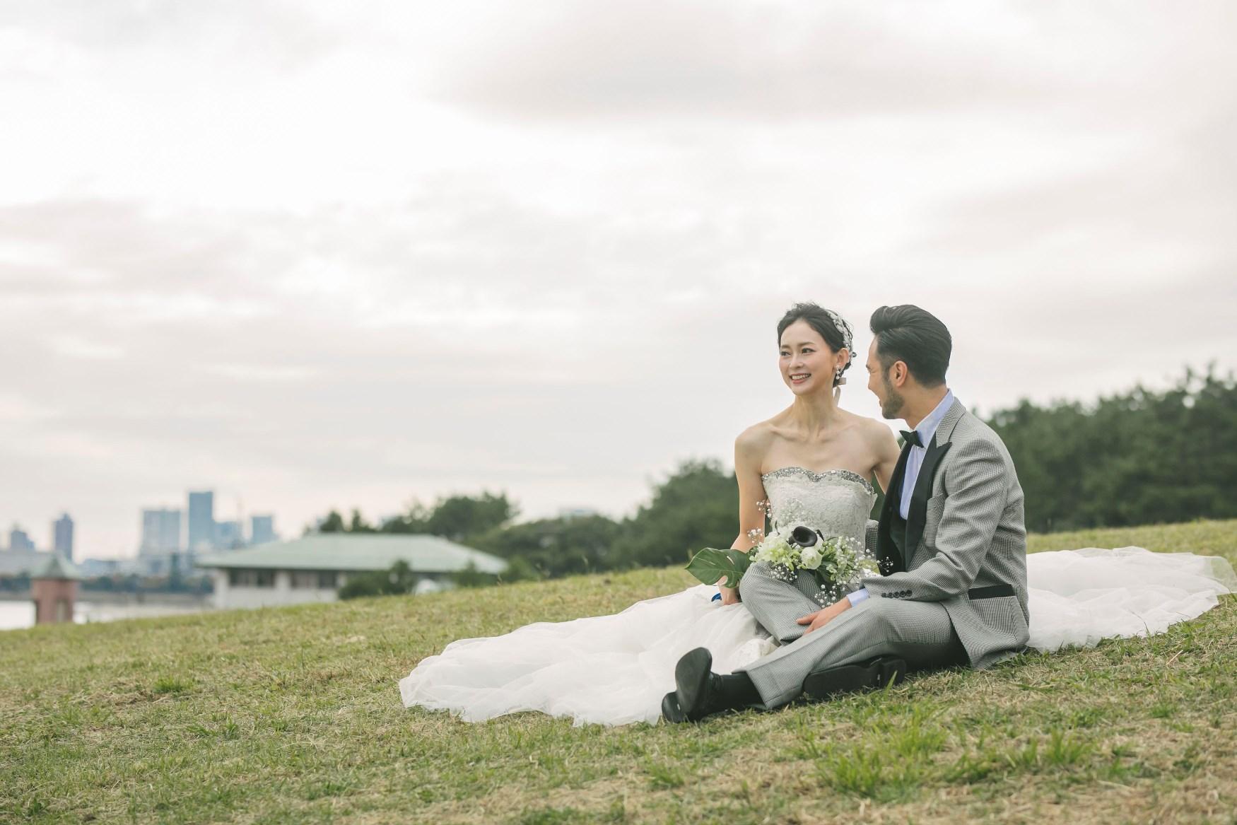 葛西臨海公園の公園の芝生でくつろぎフォトタイム