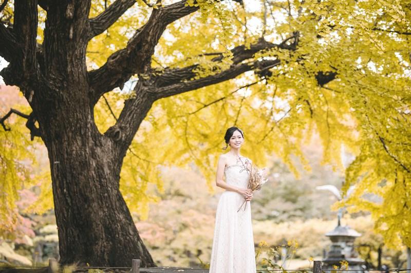 日比谷公園の紅葉と新婦様